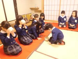 画像:2月5日(水) 少・中発表会予行練習 & 年長 今年度最後のお茶のおけいこ