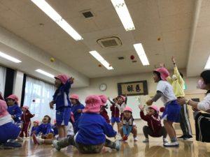 画像:10月23日(金)年少組の体操