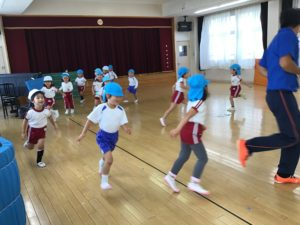 画像:10月15日(木)年中組の体操