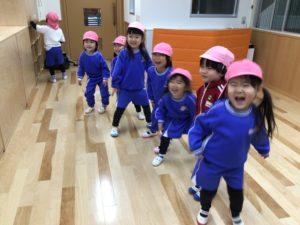画像:1月22日(金)年少・年長組の体操の様子