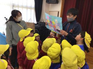 画像:3月11日(木) 小口先生の体操・震災に備えた避難訓練